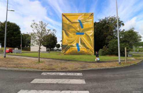 Artist Leon Keer 'gift wraps' a building in France's Morlaix