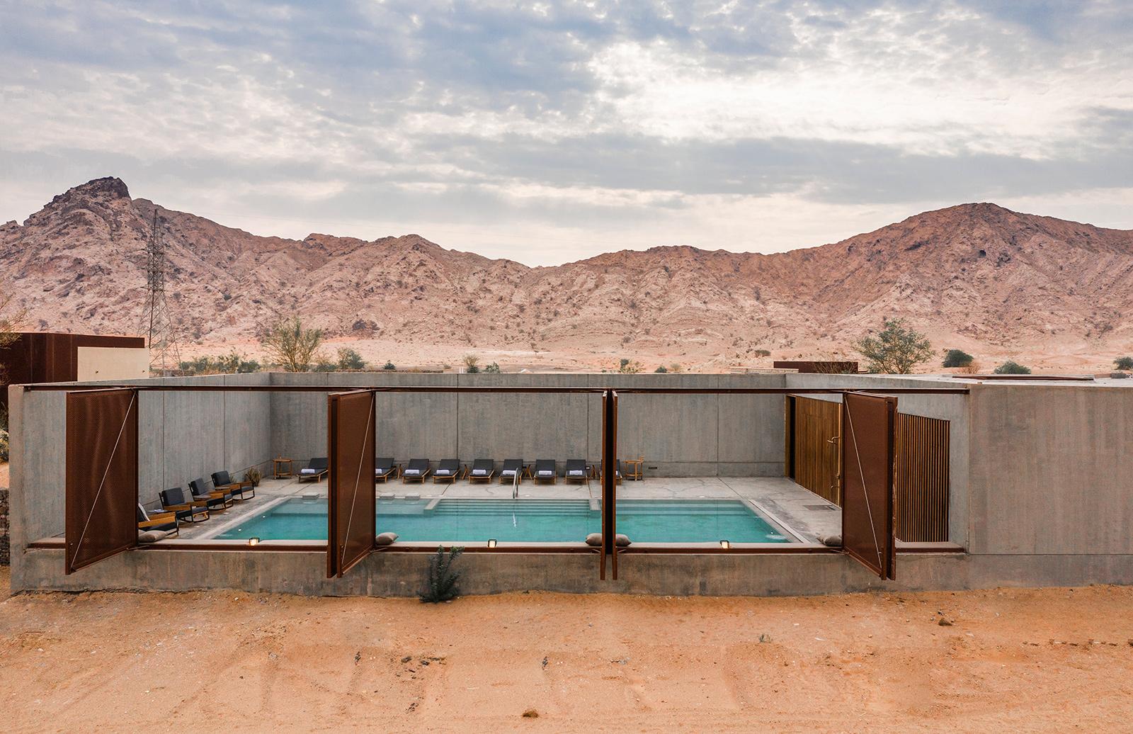 Al Faya Lodge - a minimalist spa in the desert