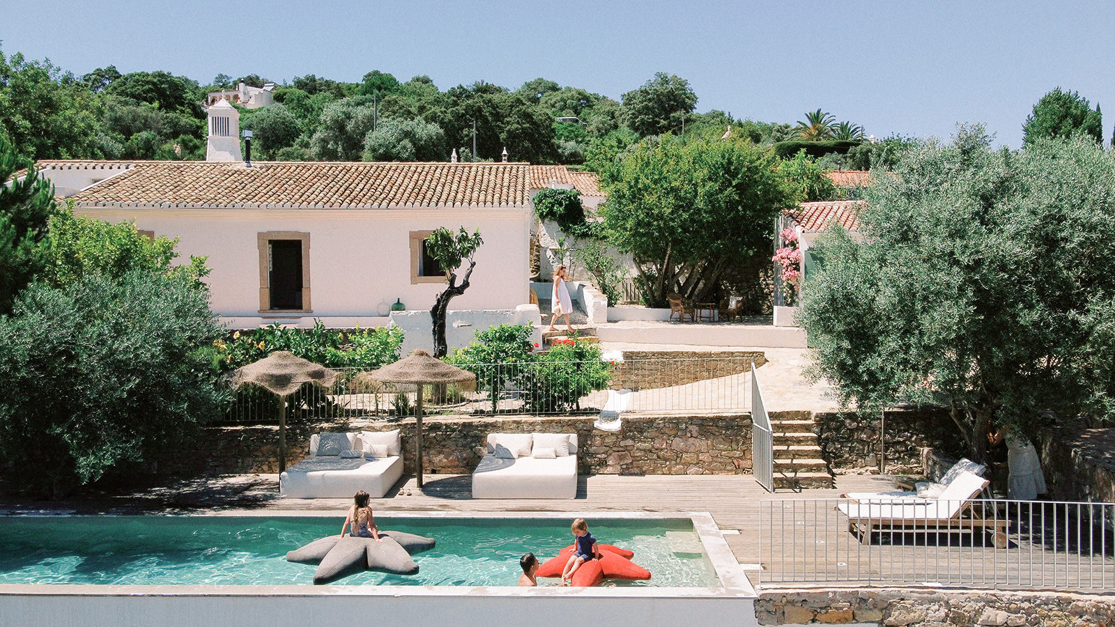Casa 1876 boutique hotel and holiday villa in Portugal