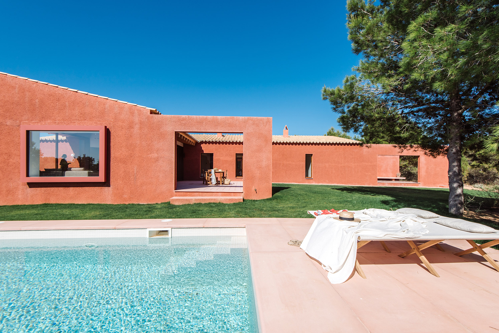 The pink house is for sale via Fantastic Frank for €24m, and while there's still room for its new owner to leave their mark in the basement and via customisations, the Mallorca property is largely complete.