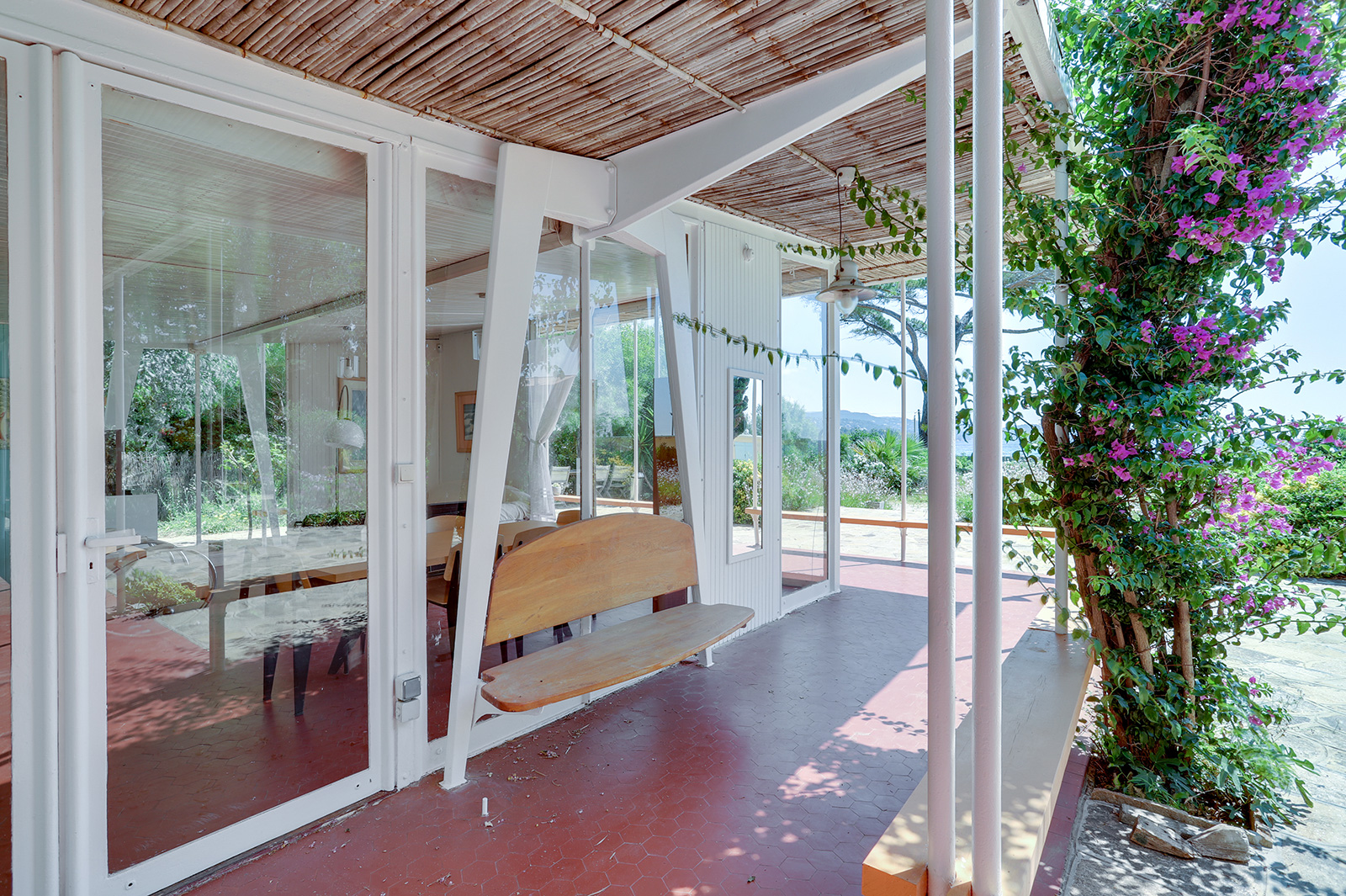 Villa Dollander for sale on the Cote d'Azur was designed by the Prouve brothers