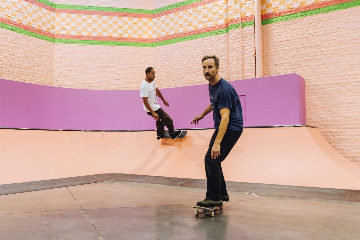 Yinka Ilori drenches Roubaix's skatepark in fluorescent paint padstyle