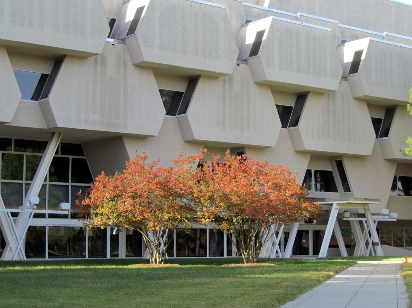 Burroughs Wellcome building designed by Paul Rudolph is now facing demolition