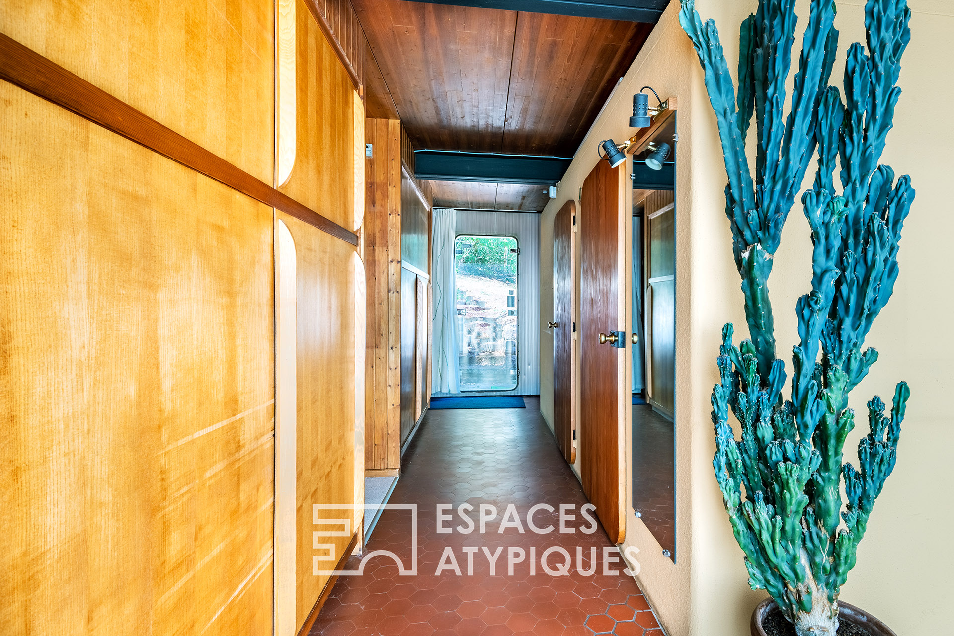 Maison Gauthier designed by Jean Prouvé for his daughter - now for sale