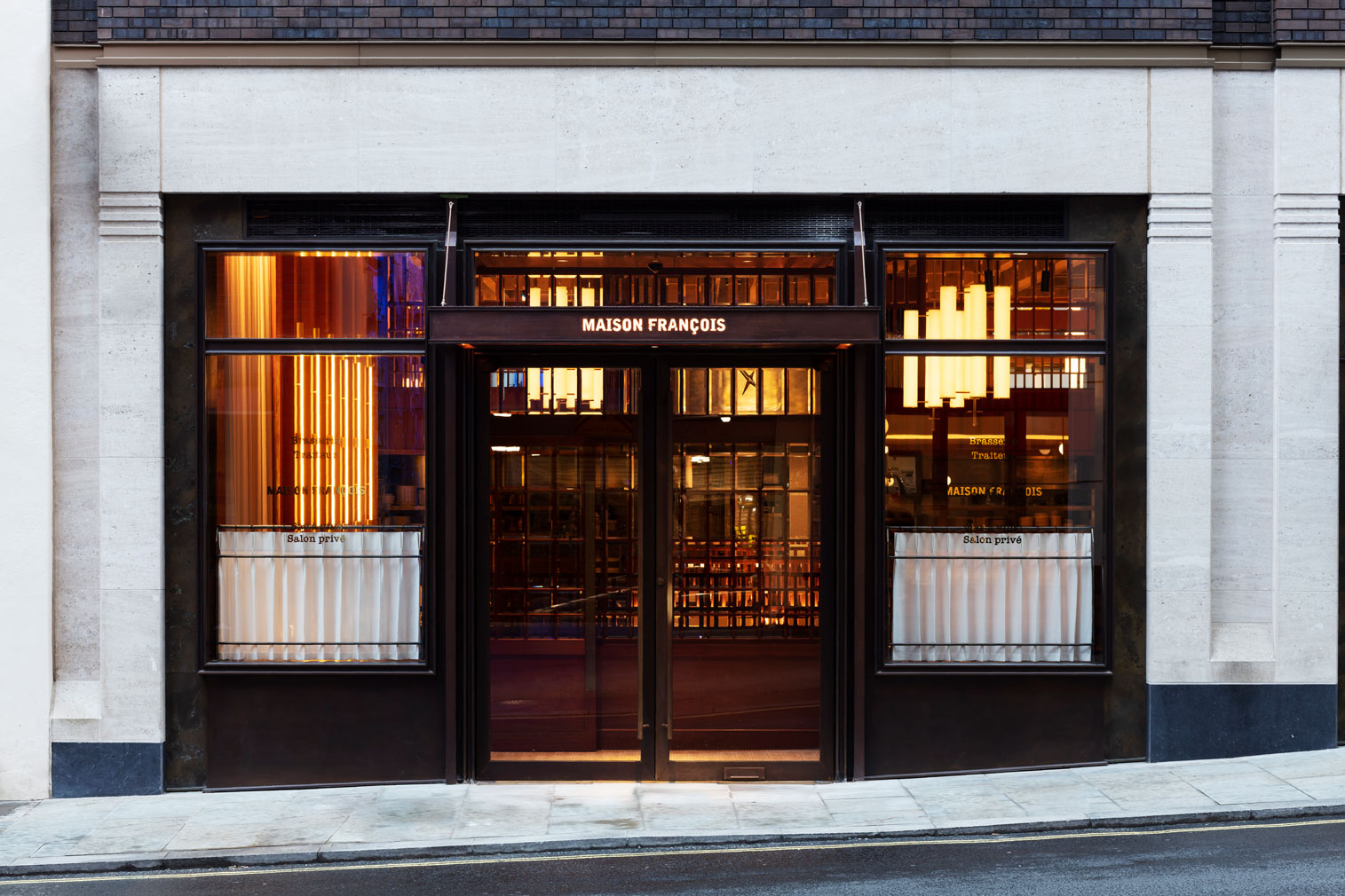 London restaurant Maison Francois puts a postmodern spin on the traditional brasserie
