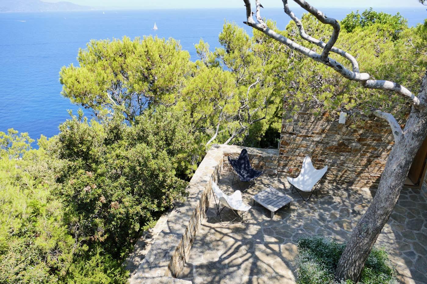 Clifftop Cap-Bénat villa has dramatic views of the Mediterranean