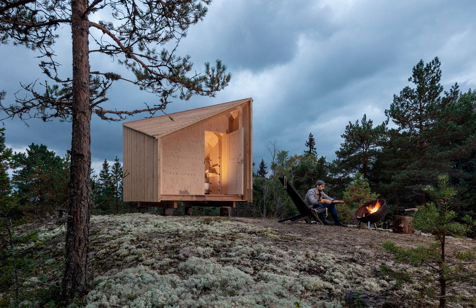The offgrid cabin is designed for connecting with nature