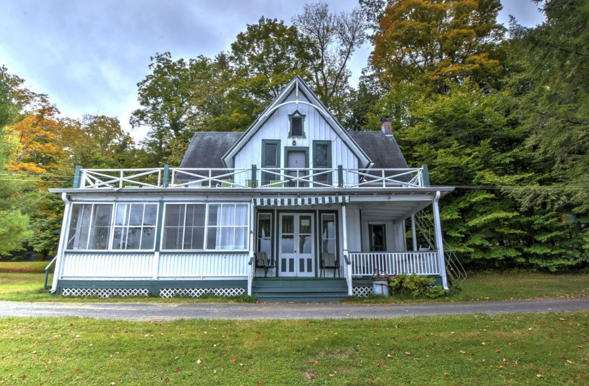 The Marvellous Mrs Maisel's Upstate holiday resort is for sale
