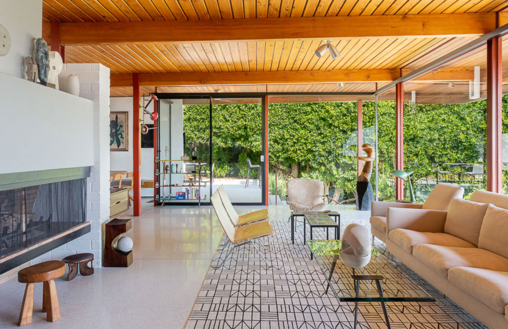 Restored LA home by Case Study maverick Craig Ellwood asks for $1.675m