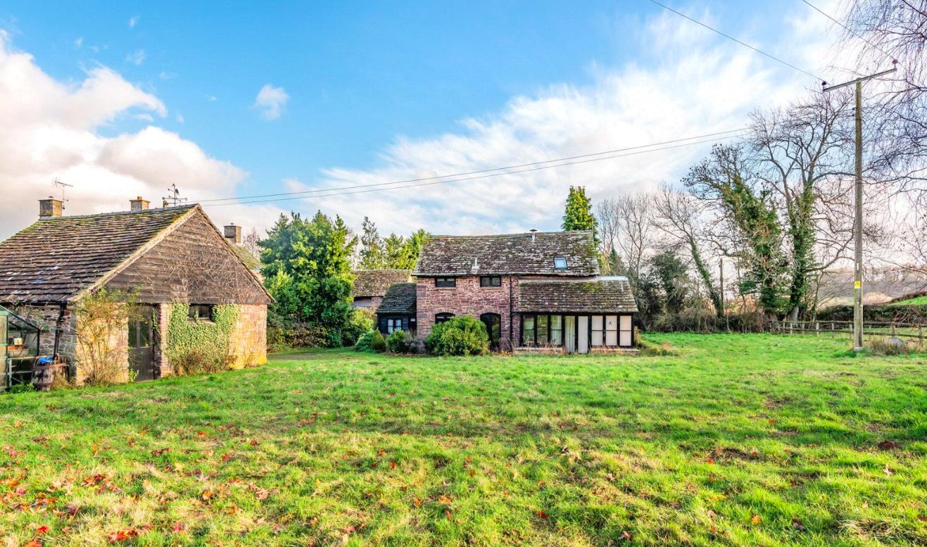2 Bedroom Detached House For Sale in Snodhill, Dorstone, Hereford, HR3 6BG