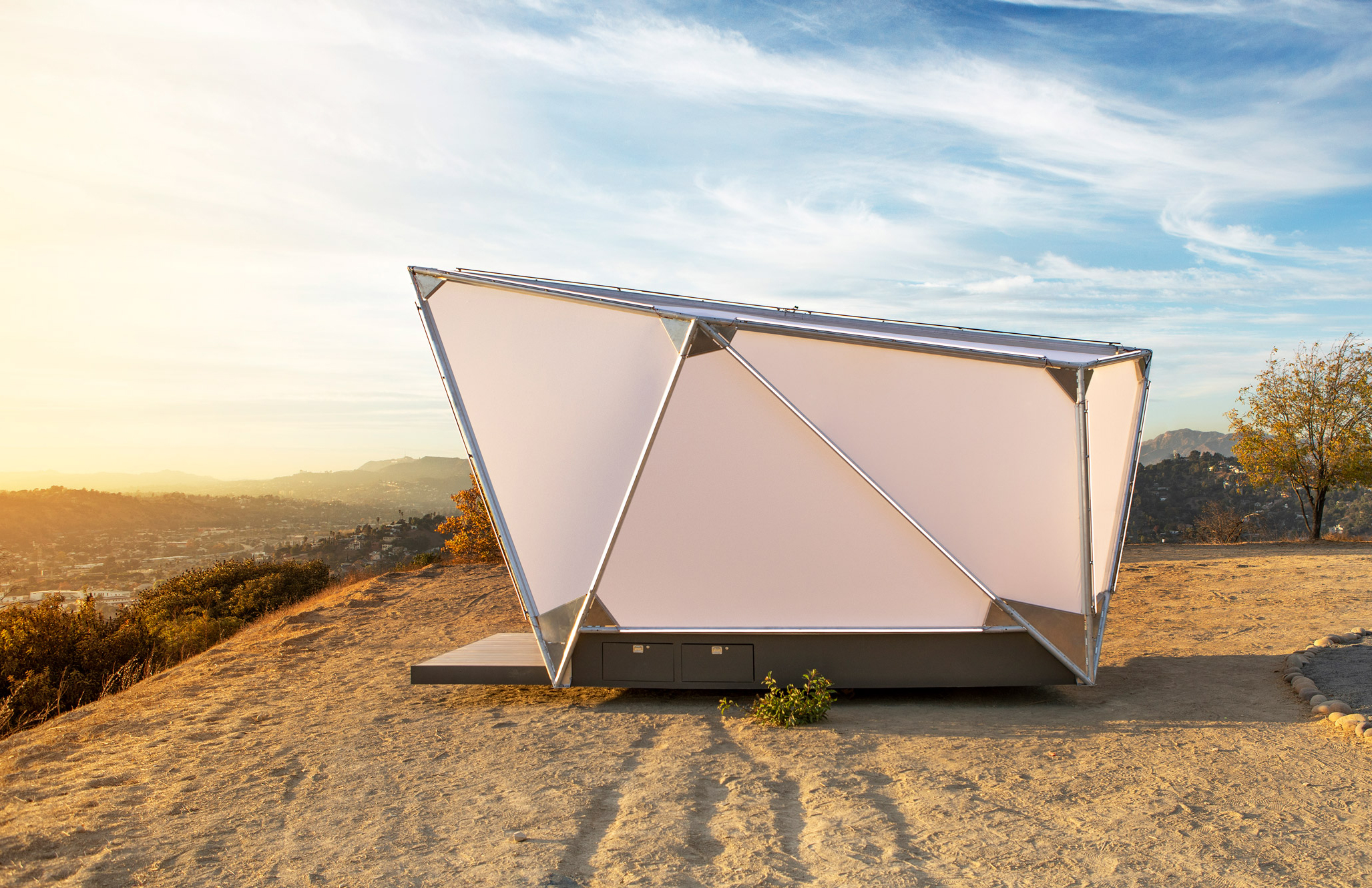 Jupe pod - a sci-fi take on the classic tent