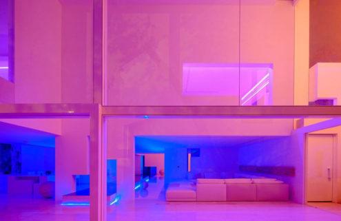 Neon rooms that pop on Pinterest