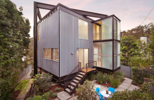 Pierre Koenig's twisting Schwartz House lists for the first time