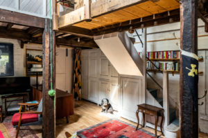 The Canning Cross Mews property belongs to a carpenter and metalworker
