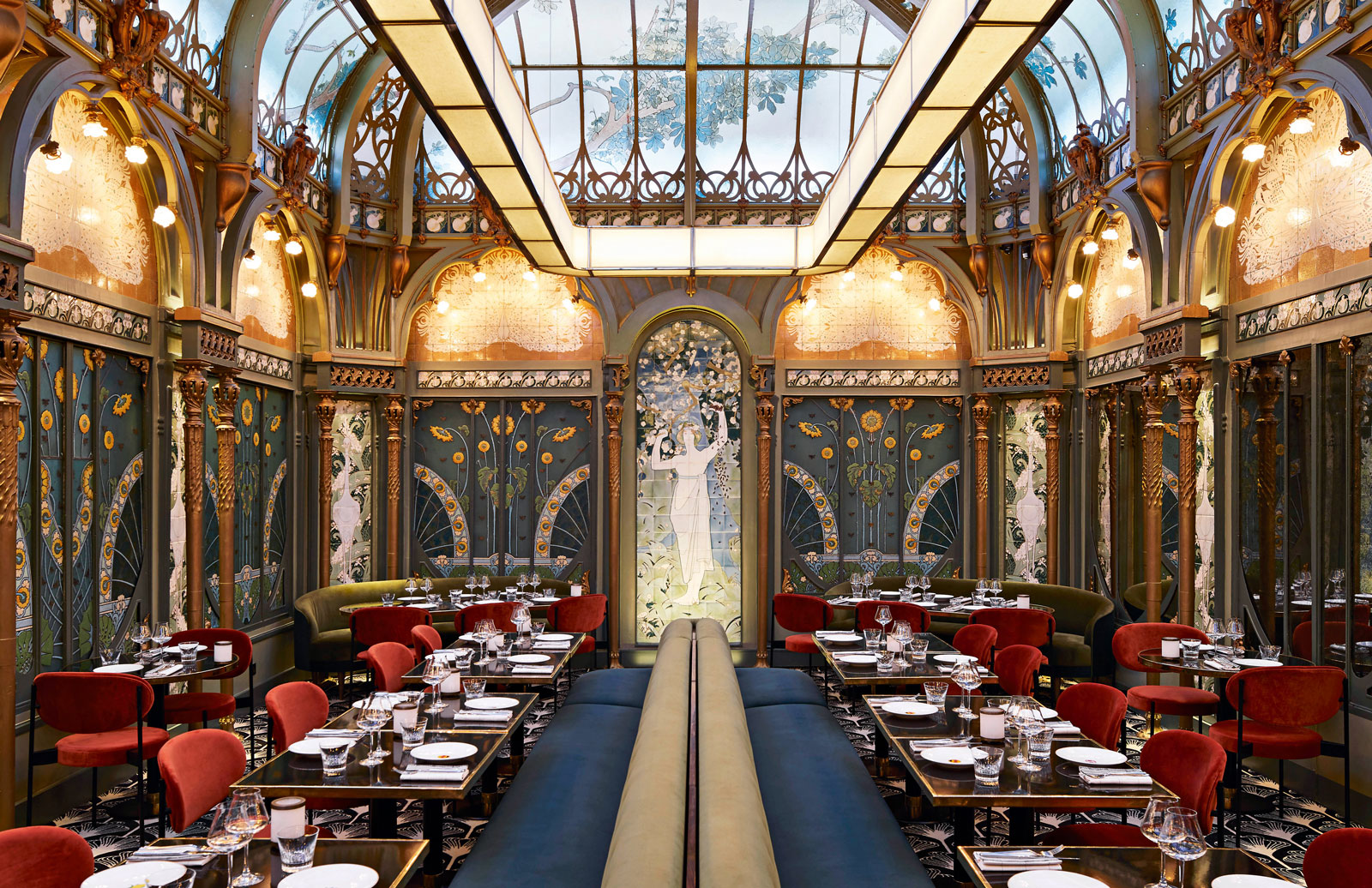 Take an armchair tour of the world's most extraordinarily designed restaurants