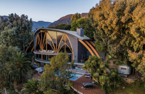 Harry Gesner's surf-inspired Ravenseye House is for sale in Malibu