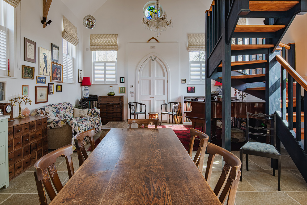 The Victorians are famous for industrialism and piety, and this converted chapel on the border of Berkshire and Oxfordshire hints at both.
