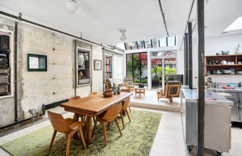 A hybrid shipping container home asks for $995k in New York's Midtown West