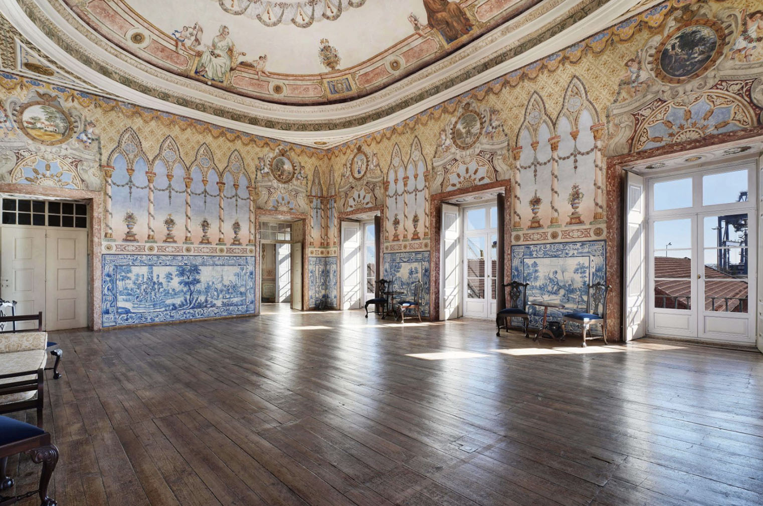 The grand hall of the palace - it's easy to imagine this space hosting banquets and dances throughout the centuries