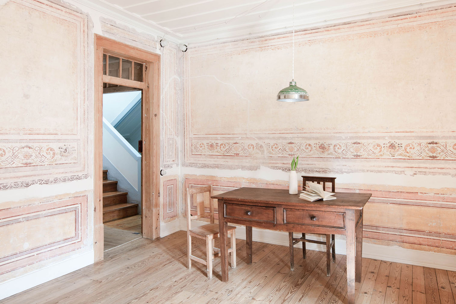 A frescoed apartment in Mouraria