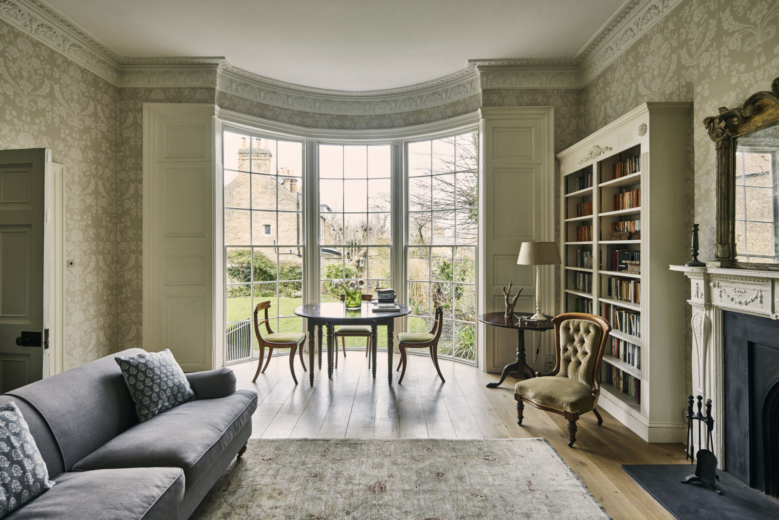 The former ballroom features floor to ceiling curved sash windows