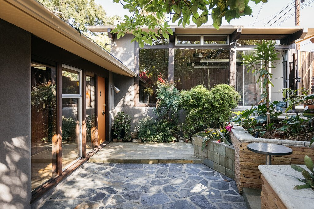 Fuess' daughter updated its outdoor space, installing bamboo fencing and stone seating, which creates a peaceful spot to spy on the local hummingbirds, hawks and owls.