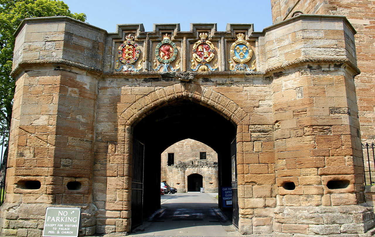 Entrance to Linlithgow Palace in Scotland
