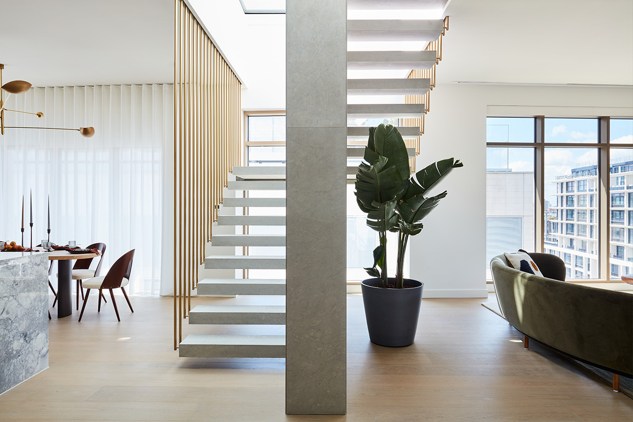 Conrad & Partners conceived the space as a serene and tranquil escape from the hubbub of the city