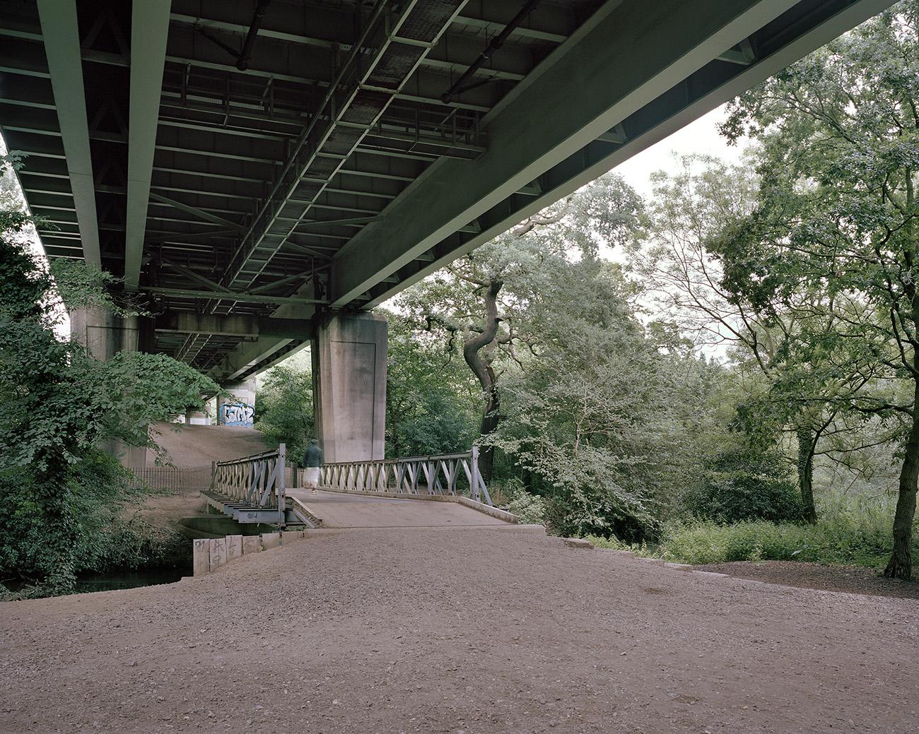 Few outside of the neighbourhood know of the walkway's existence, lending it a 'secret' status