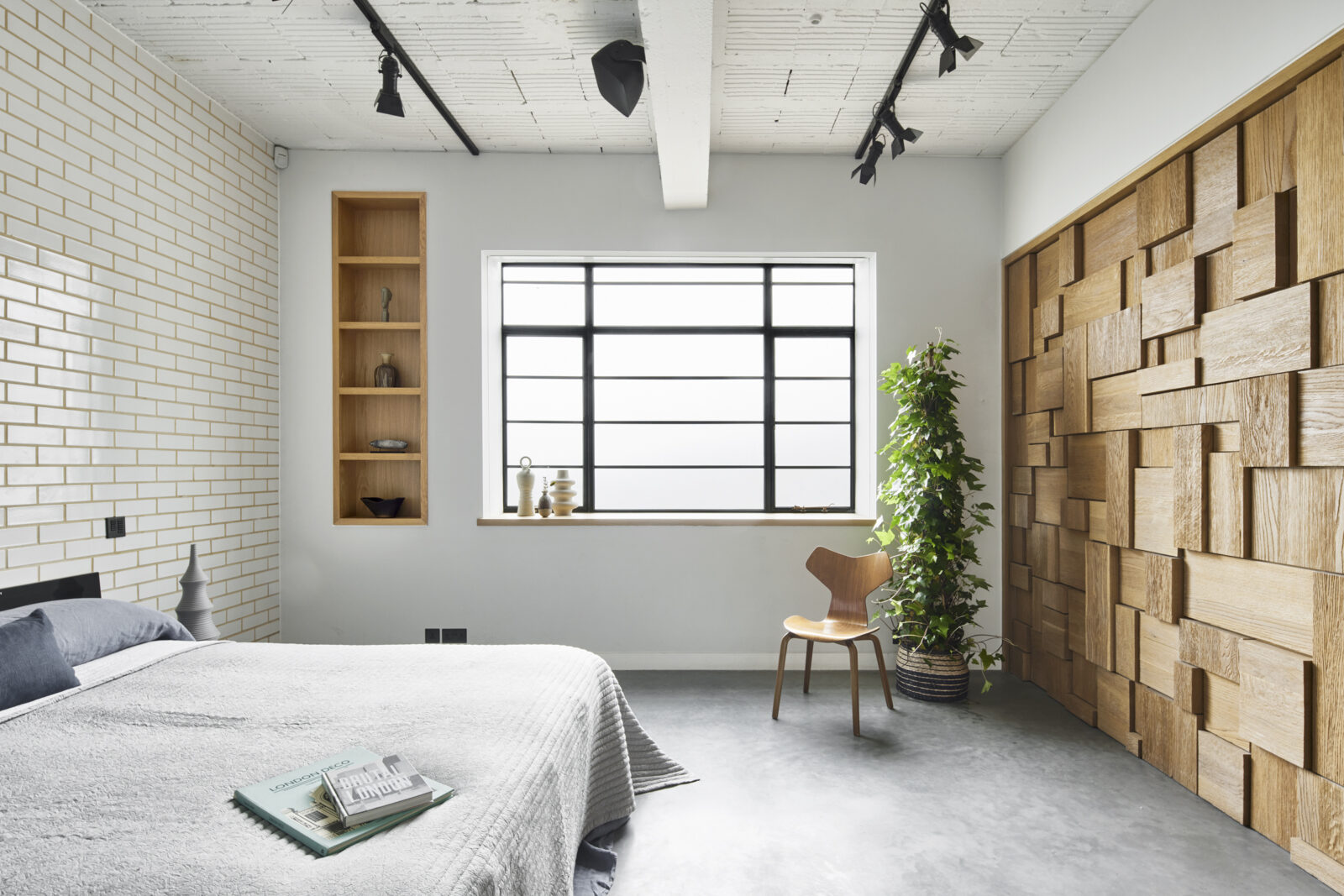 The practice has added oak panel walls that are moveable