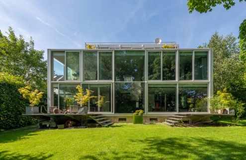 Zen Stuttgart 'lightbox' home asks for €3.5m