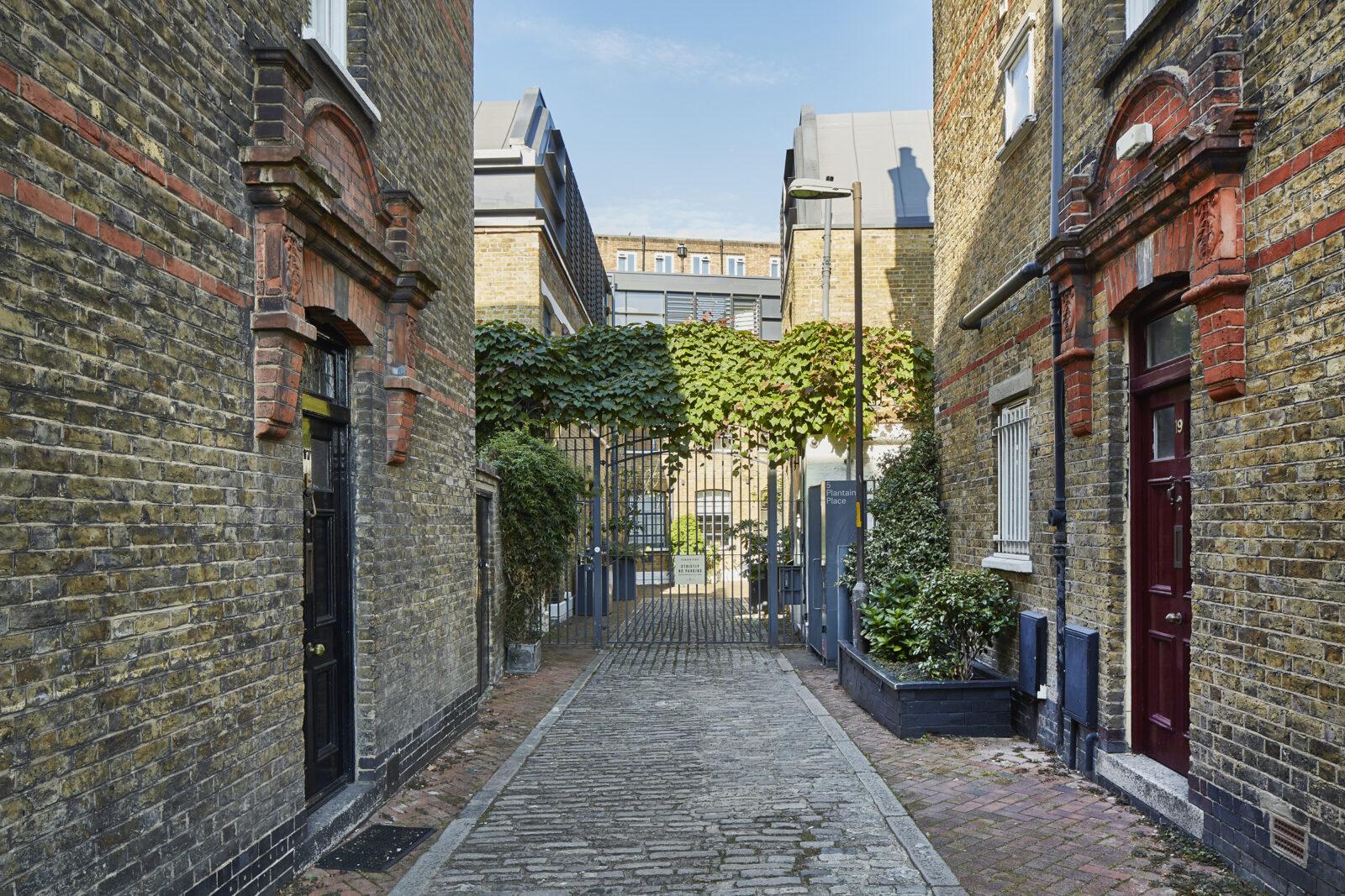 Duggan Morris-designed live/work space lists near London's Borough Market