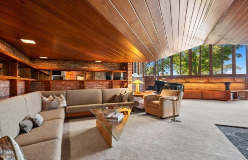 Frank Lloyd Wright's Harper House is for sale