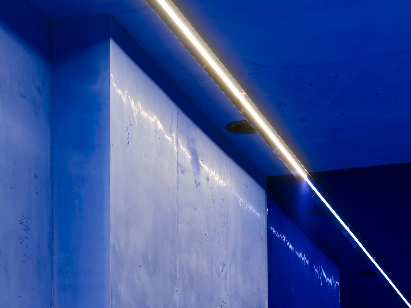 Strip lighting keeps things simple