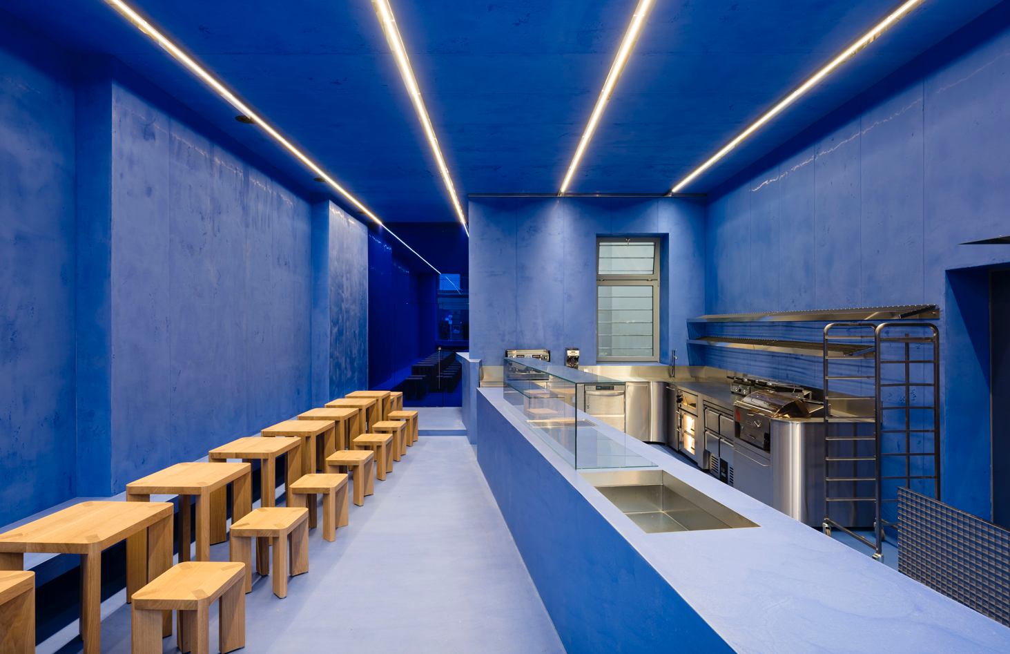 Ultramarine interiors are inspired by the paintings of a Dutch master