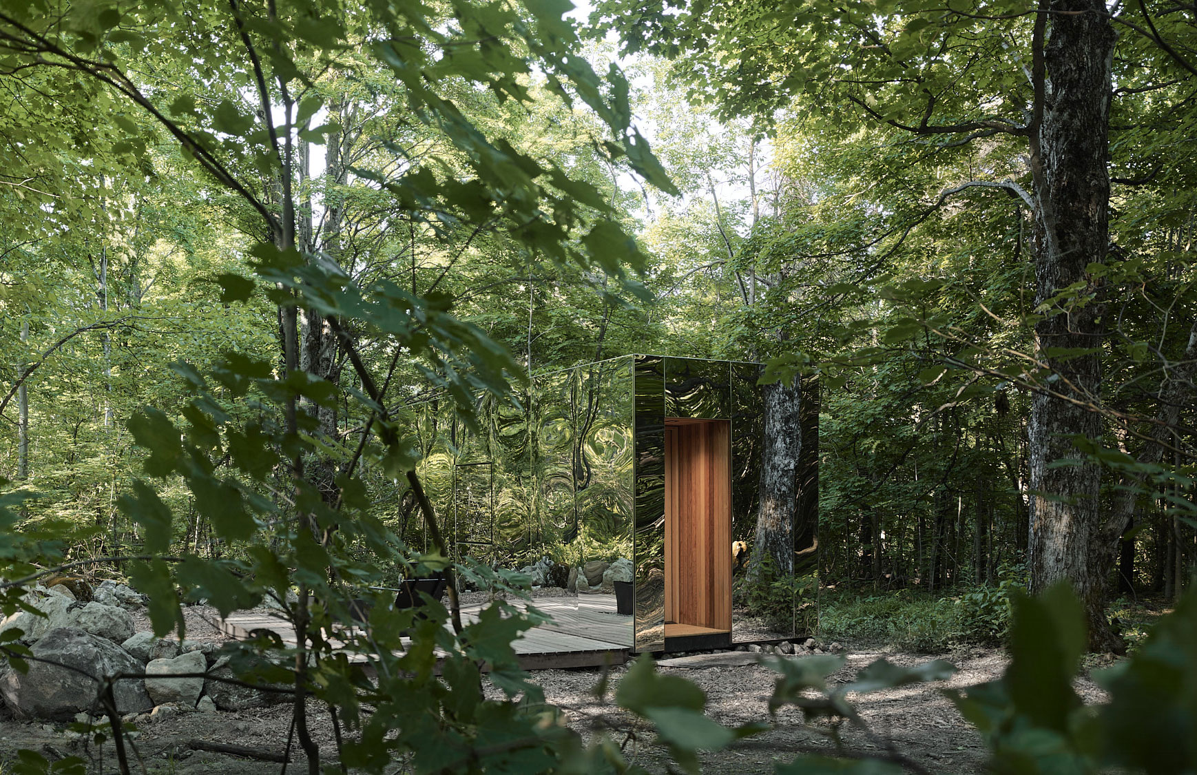 Arcana mirrored cabin hides in a forest an hour north of Toronto
