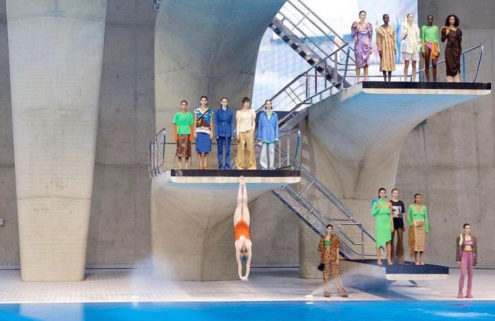 Rejina Pyo made a splash with her SS22 ready-to-wear show at the London Aquatics Centre