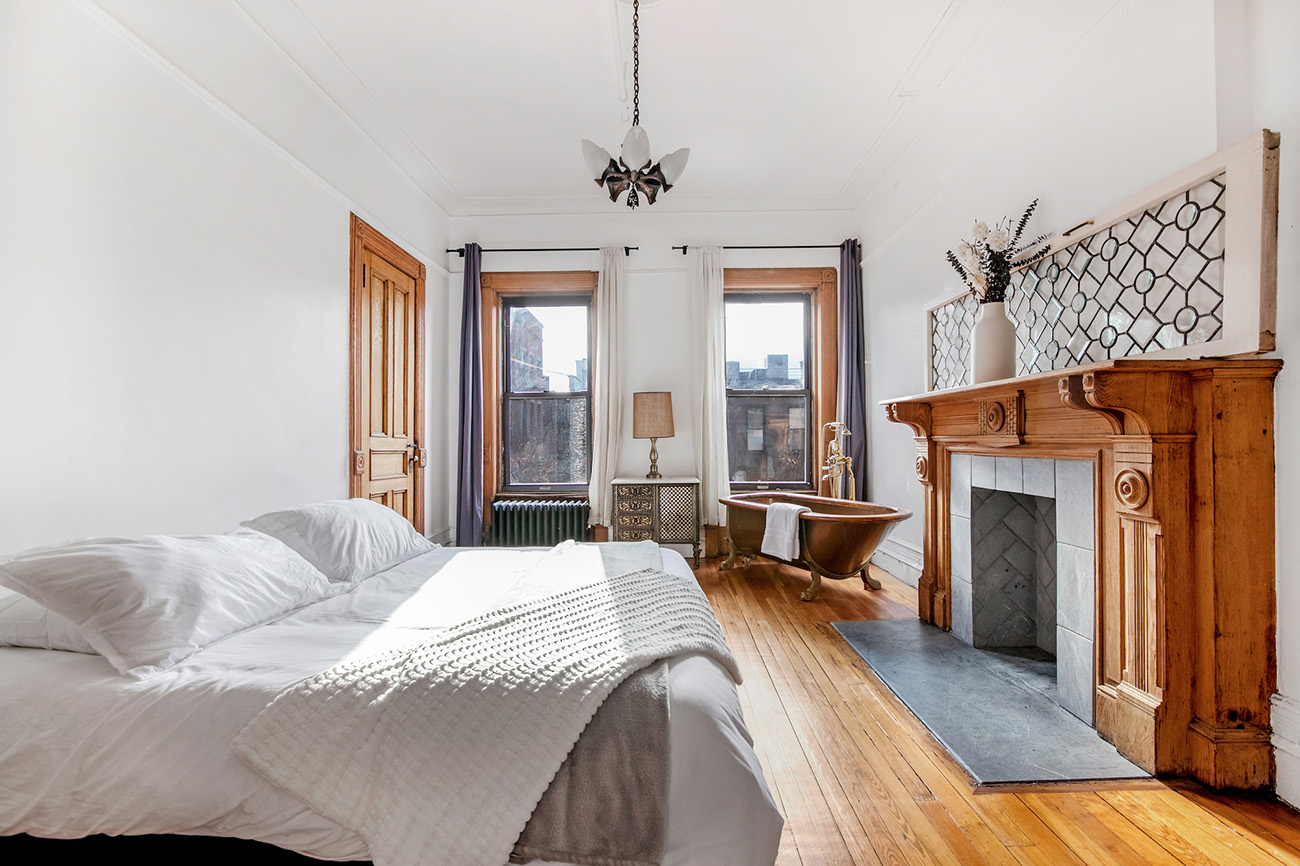 A 'bookend' brownstone lists for $4.3m in Harlem
